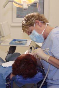 Implantat_Nachsorge - Behandlung