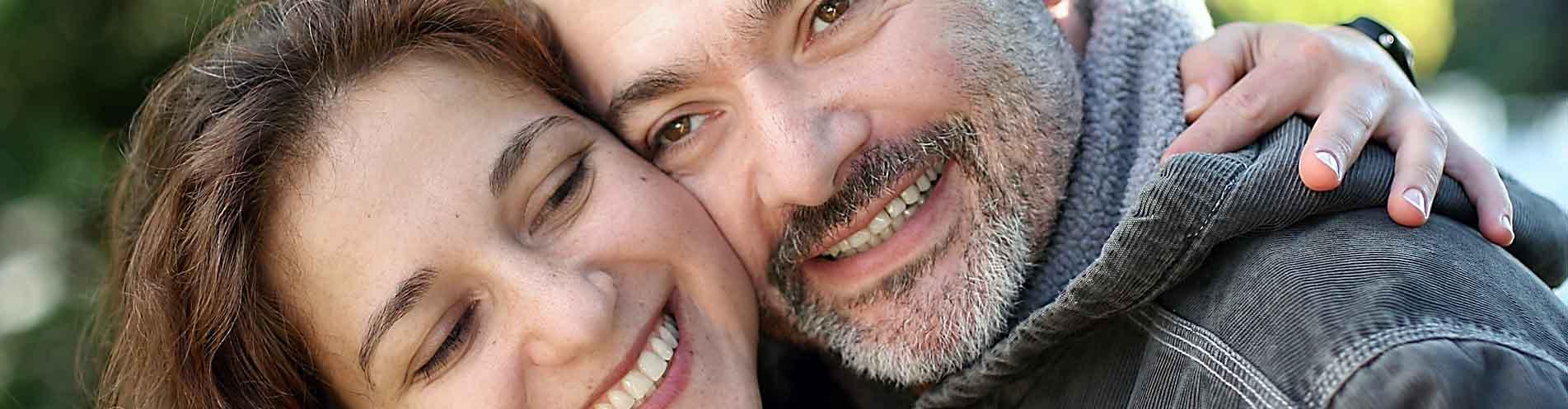 Sie suchen einen Zahnarzt oder einen Facharzt für Zahnimplantante in Kassel, Göttingen oder Hofgeismar - wir sind Ihre professionelle Zahnarztpraxis.